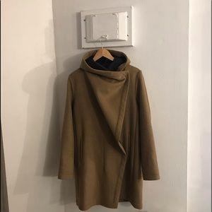 Like New Vince Camuto Jacket Camel/charcoal M
